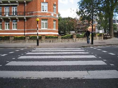 Abbey_Road_Crossing